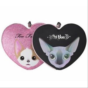 🎀2 Too Faced Kat Von D Makeup Bags🎀